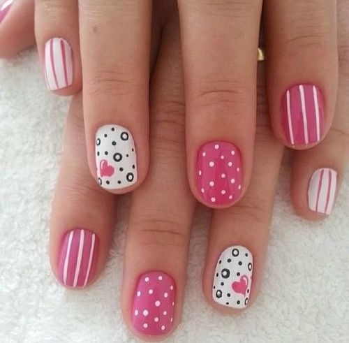 Lovable Nails with Pinky Hearts